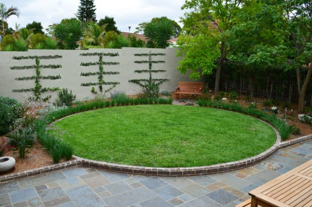 27-gorgeous-ideas-for-properly-decorating-lawn (24)