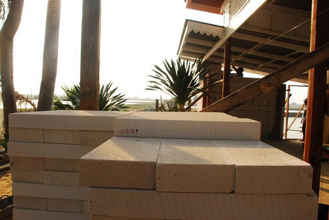 300k concrete house review (10)