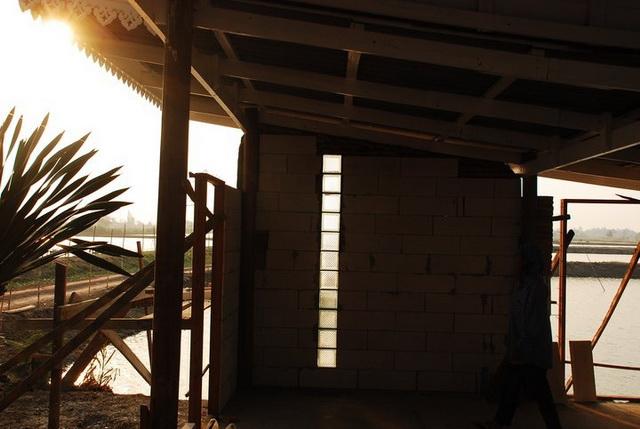 300k concrete house review (11)