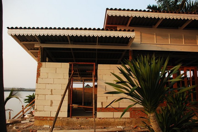 300k concrete house review (13)