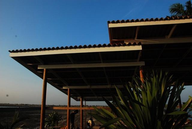 300k concrete house review (5)