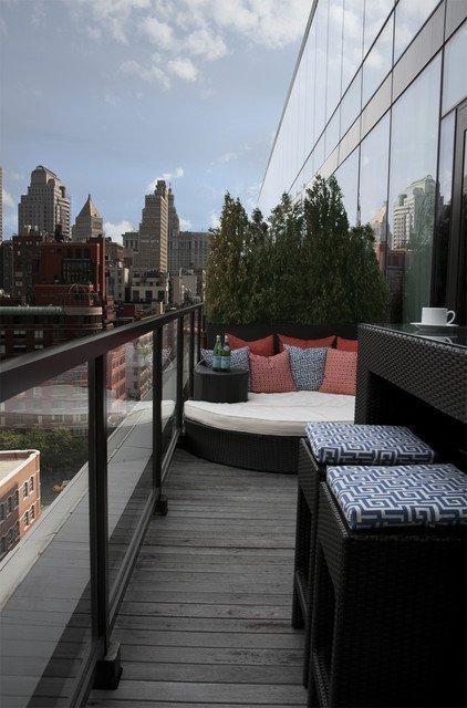 37-attractive-small-balcony-designs (1)
