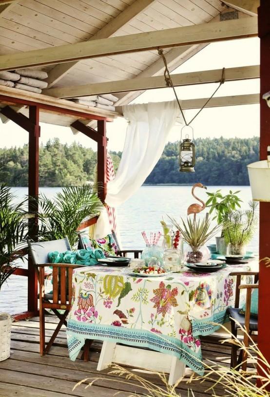 37-attractive-small-balcony-designs (12)