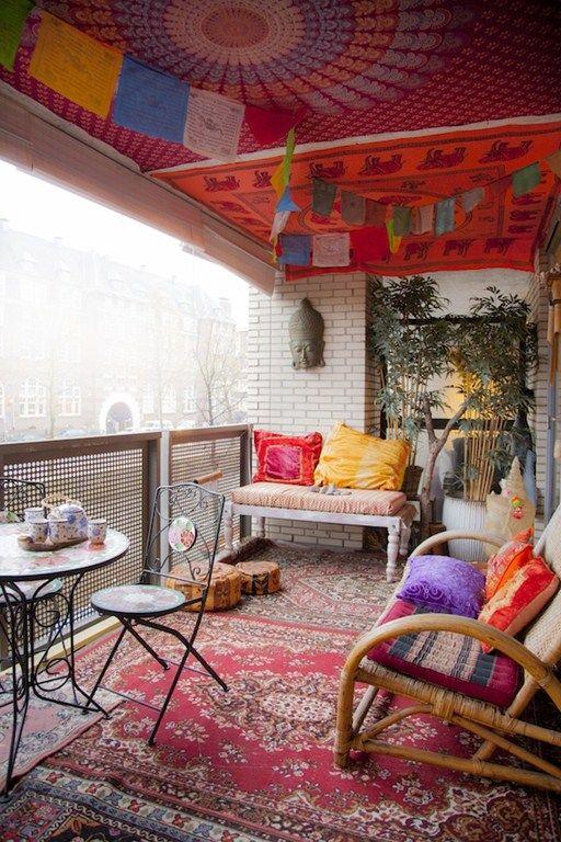 37-attractive-small-balcony-designs (15)
