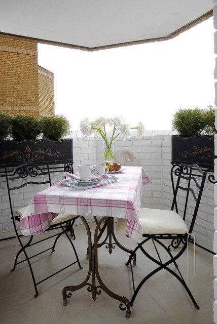 37-attractive-small-balcony-designs (36)