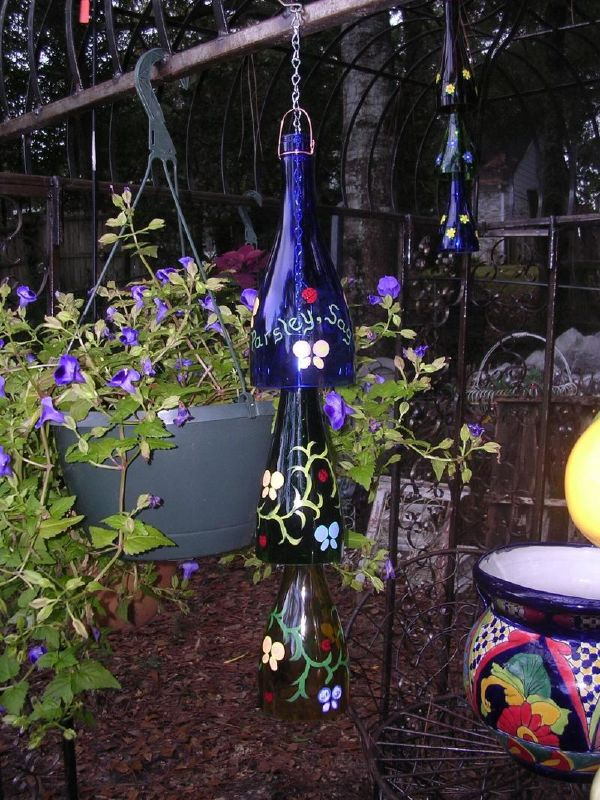 38-diy-glass-bottle-projects-to-yard (13)