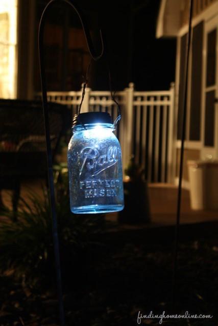 38-diy-outdoor-lighting-ideas (14)