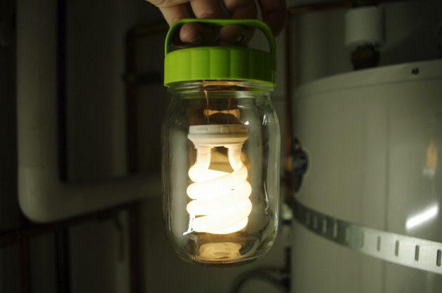 38-diy-outdoor-lighting-ideas (27)