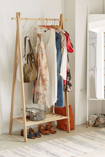 40-clothing-racks-for-narrow-space (38)