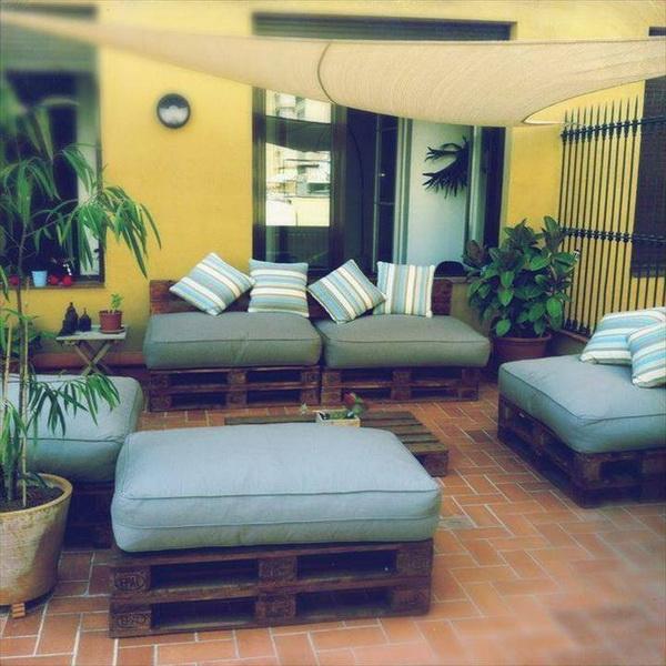 88 pallet sofa ideas (1)
