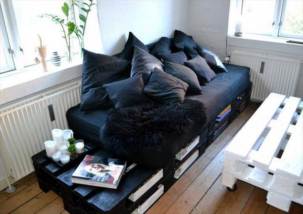 88 pallet sofa ideas (15)
