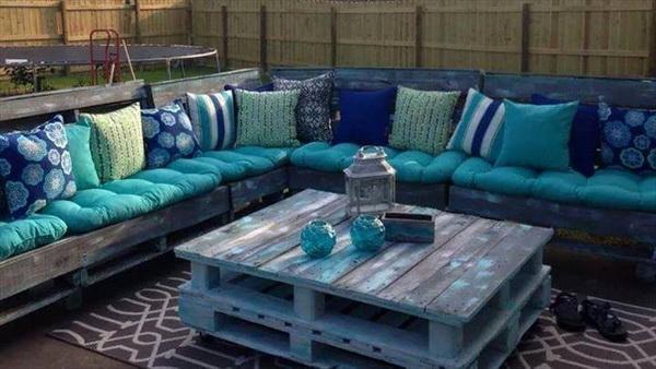 88 pallet sofa ideas (26)