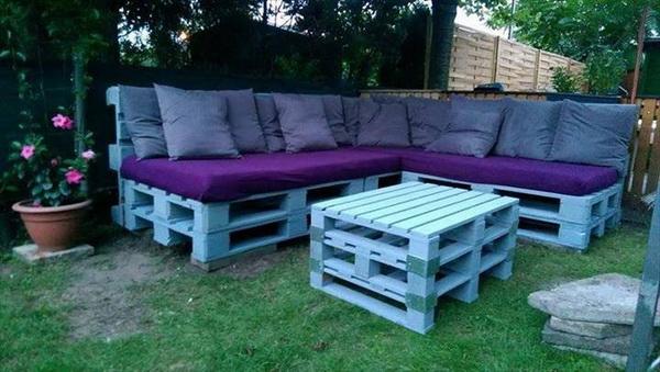 88 pallet sofa ideas (27)
