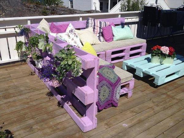88 pallet sofa ideas (31)