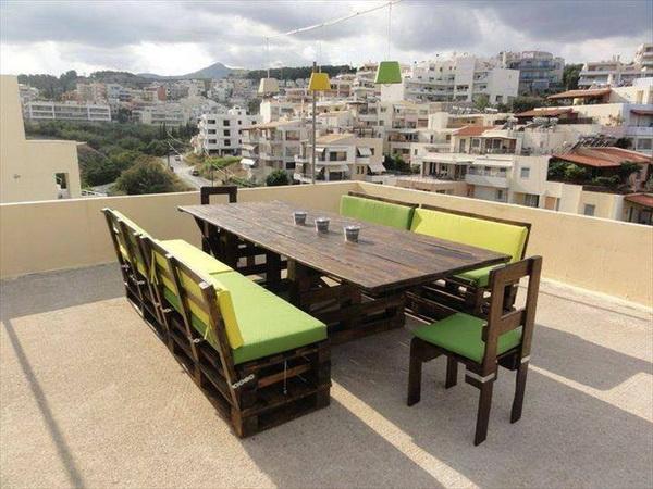 88 pallet sofa ideas (35)