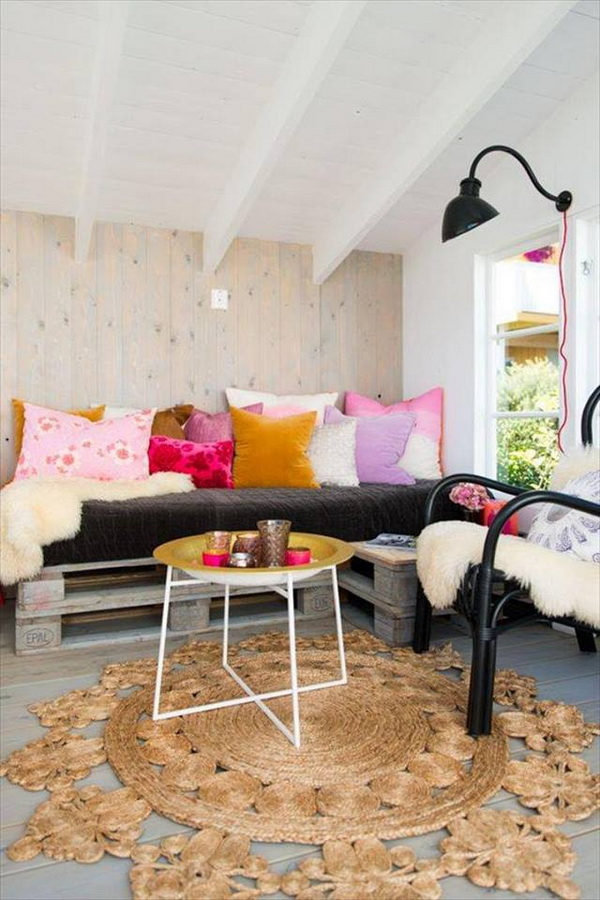 88 pallet sofa ideas (42)