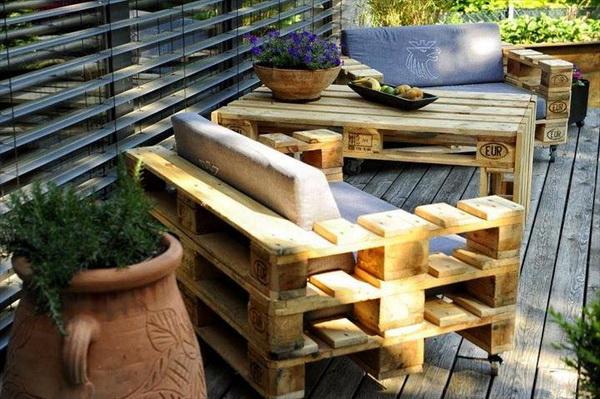 88 pallet sofa ideas (45)