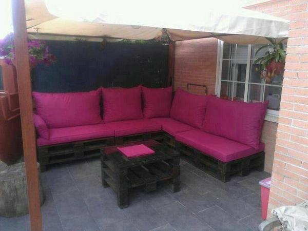 88 pallet sofa ideas (48)