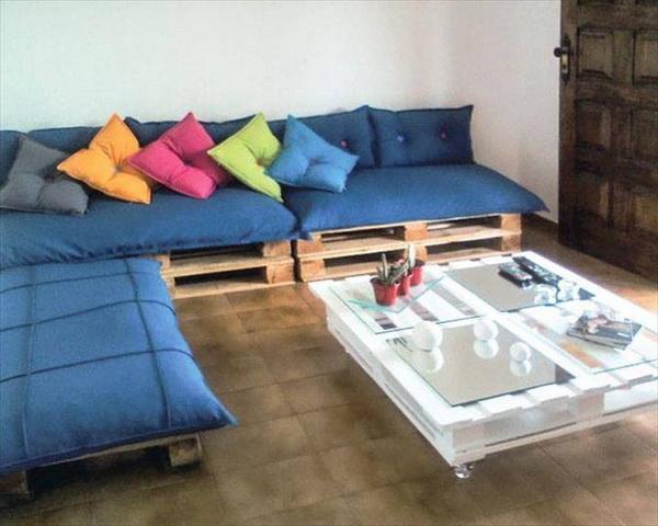 88 pallet sofa ideas (54)