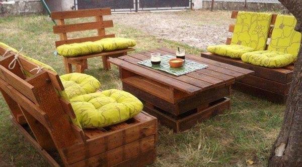 88 pallet sofa ideas (59)