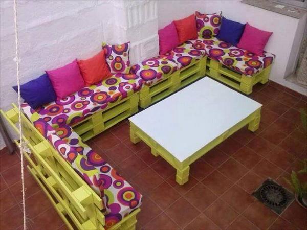 88 pallet sofa ideas (61)