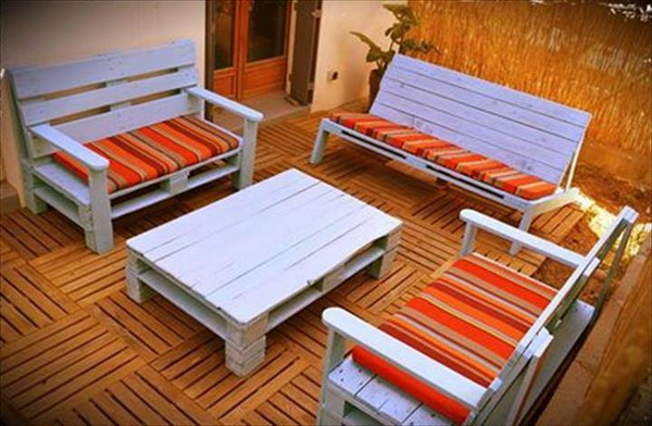 88 pallet sofa ideas (63)