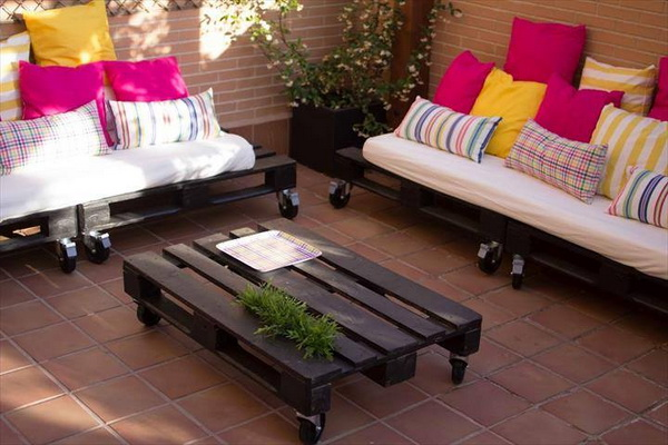88 pallet sofa ideas (64)