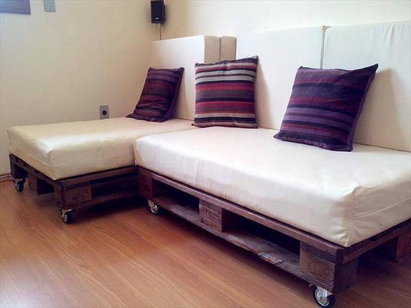 88 pallet sofa ideas (66)