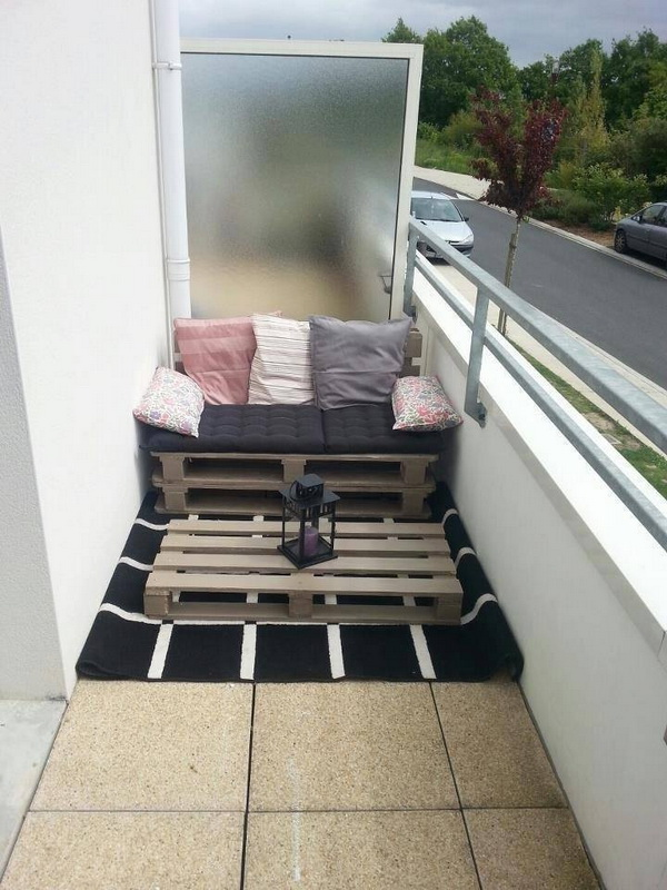 88 pallet sofa ideas (70)