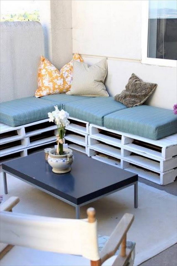 88 pallet sofa ideas (71)