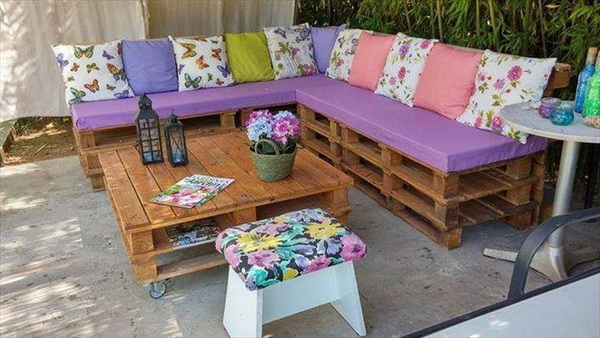 88 pallet sofa ideas (75)