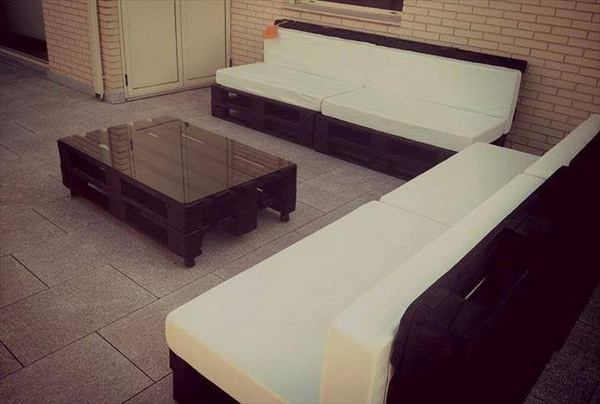 88 pallet sofa ideas (78)