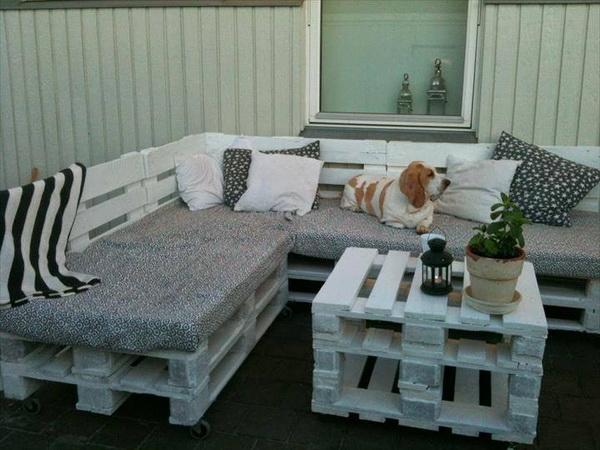 88 pallet sofa ideas (87)