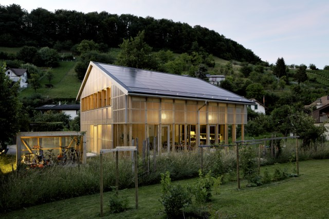 Contemporary villa house Wood decor (11)