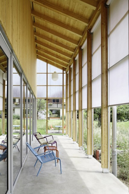Contemporary villa house Wood decor (4)