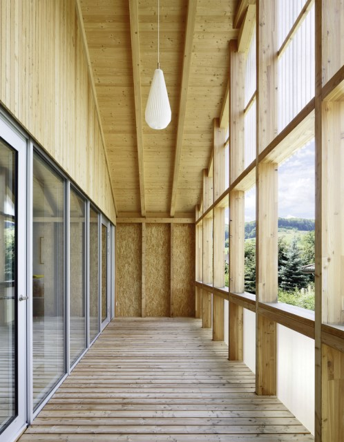 Contemporary villa house Wood decor (7)