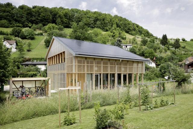 Contemporary villa house Wood decor (9)
