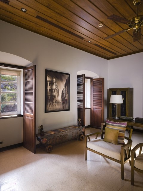 Large villa house Modern retro style (1)