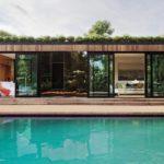 บ้านตากอากาศโมเดิร์น 1 ห้องนอนแบบบ้านสตูดิโอ มาพร้อมสวนป่าและสระว่ายน้ำขนาดเล็กๆ