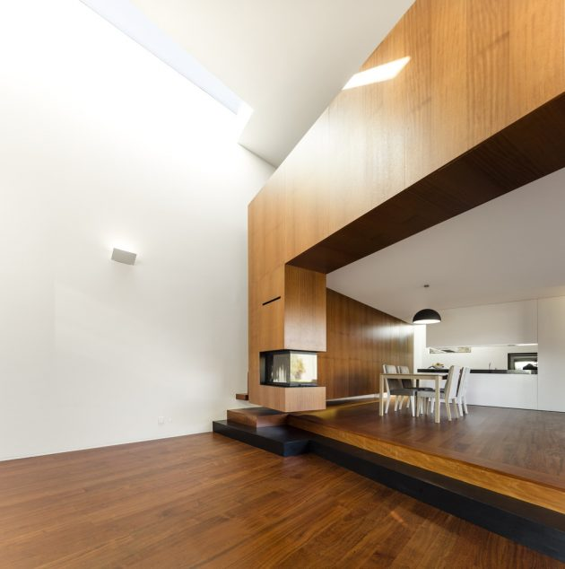 Modern house box in shape with minimalist interiors (16)