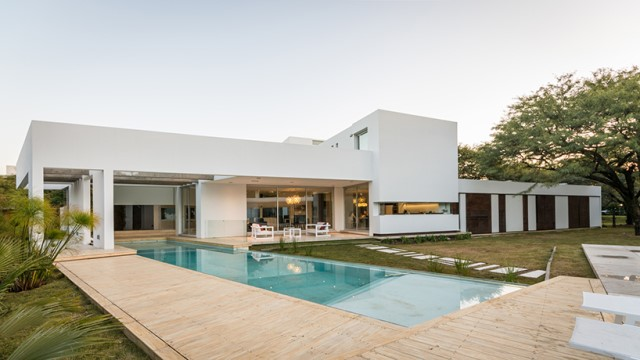 Modern house white tone with swimming pool Garden Nature (9)