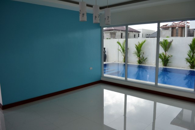 Two-storey house with 3 bedrooms 3 bathrooms elegant tastes of Thailand (9)