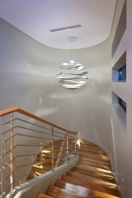 Two-storey modern house materials from wood glass in seaside (8)