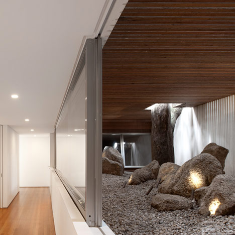 Villa house cement wood glass with swimming pool (9)