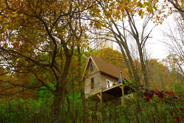 cottage compact house on the hill (5)