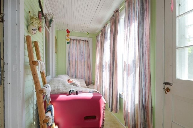 cottage wooden house Wood interior (10)