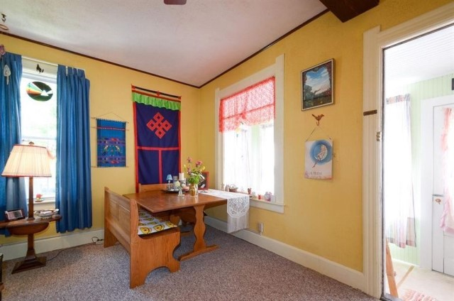 cottage wooden house Wood interior (8)