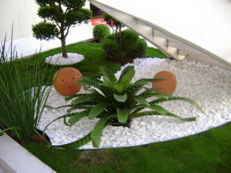 garden in fence ideas (21)