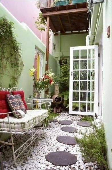 garden in fence ideas (35)