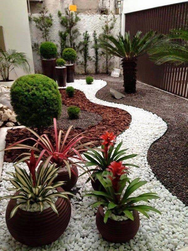 garden in fence ideas (36)